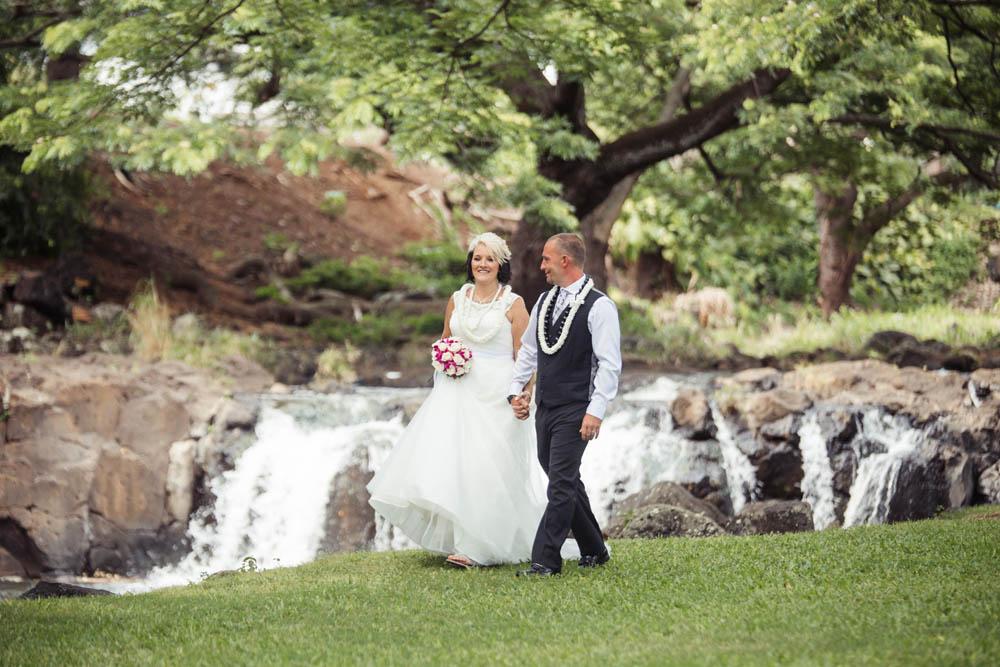 Liliuokalani Gardens and waterfall wedding location on Oahu, Hawaii