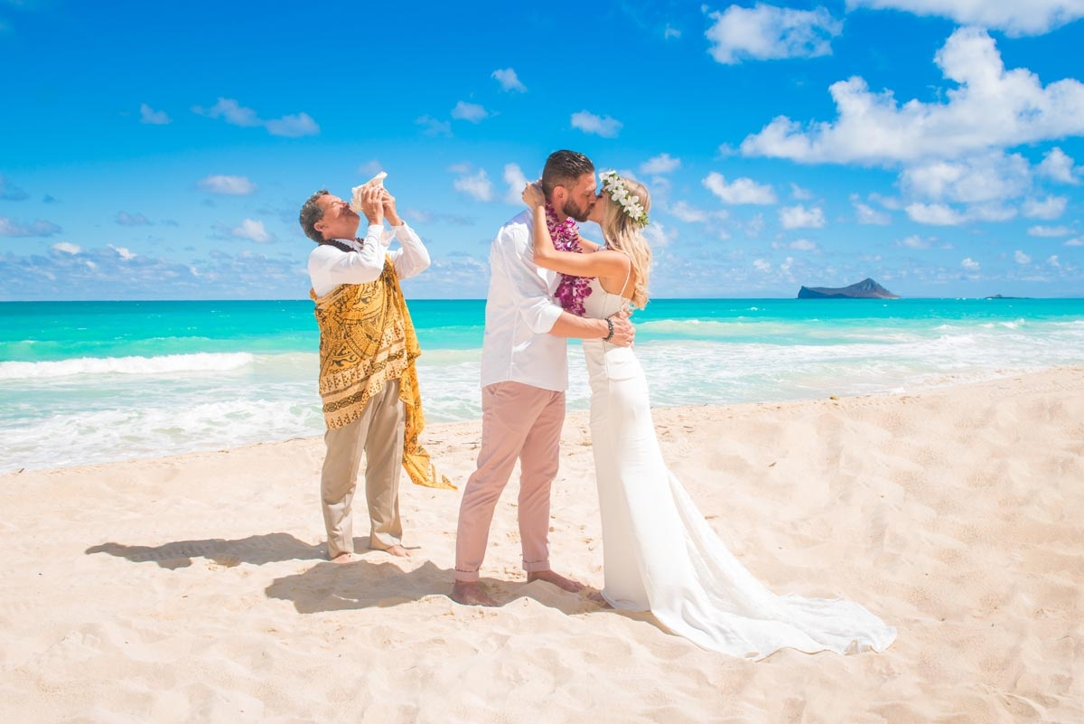 Sherwood Forest Beach wedding location on Oahu, Hawaii