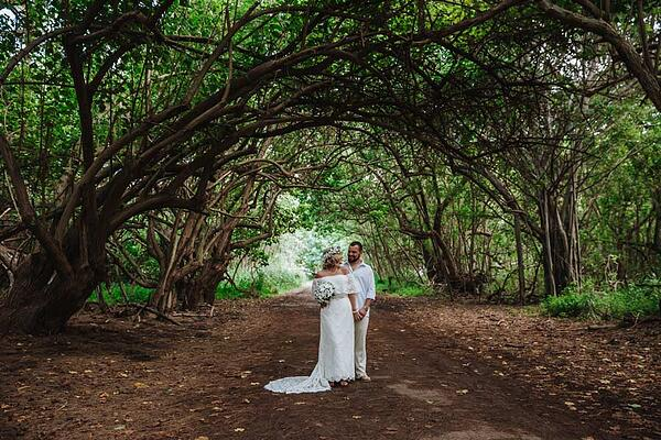 Kawela-Bay-Hawaii-Wedding