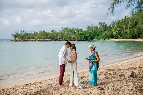 Kawela-Bay-Hawaii-Wedding-19
