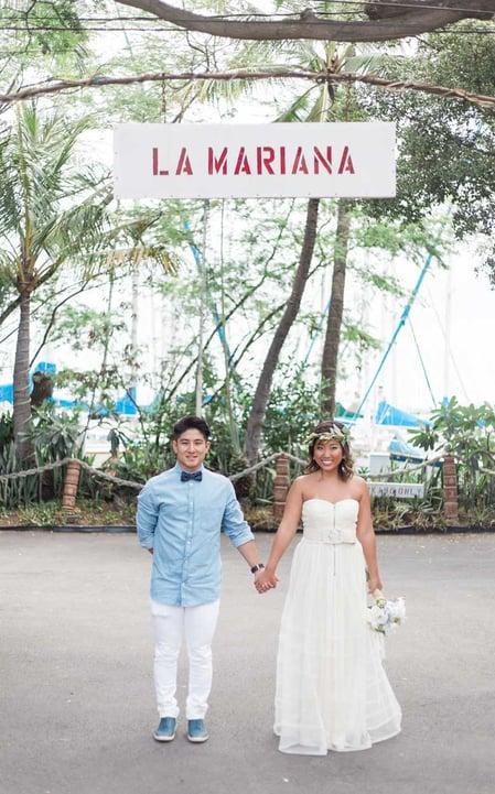 Casual-Hawaii-Wedding-Attire-.jpg