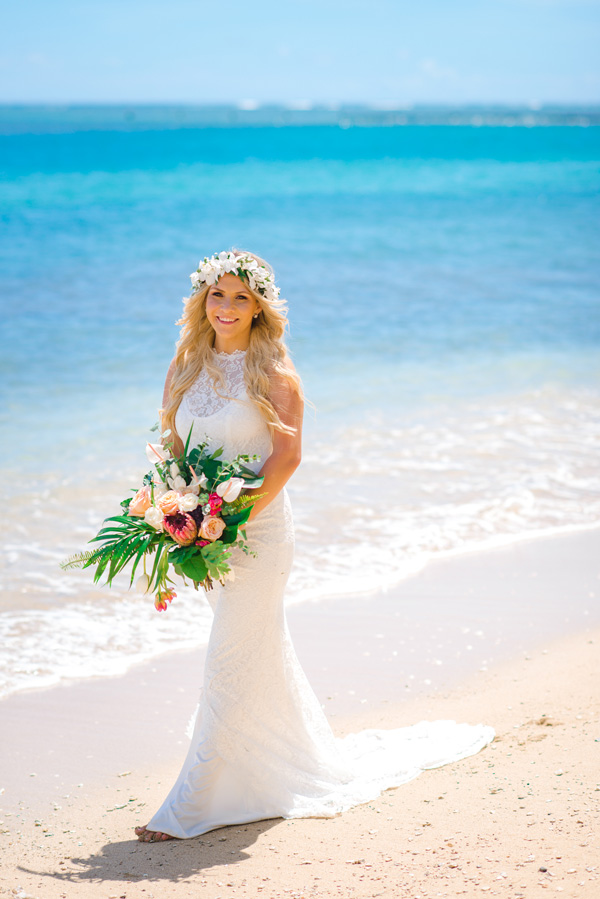Custom bouquet for Sherwood Forest Beach wedding