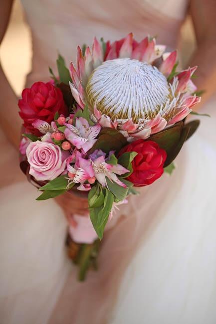 Elite bouquet with King Protea, Alstromeria, Ginger, Hypericum, Rose