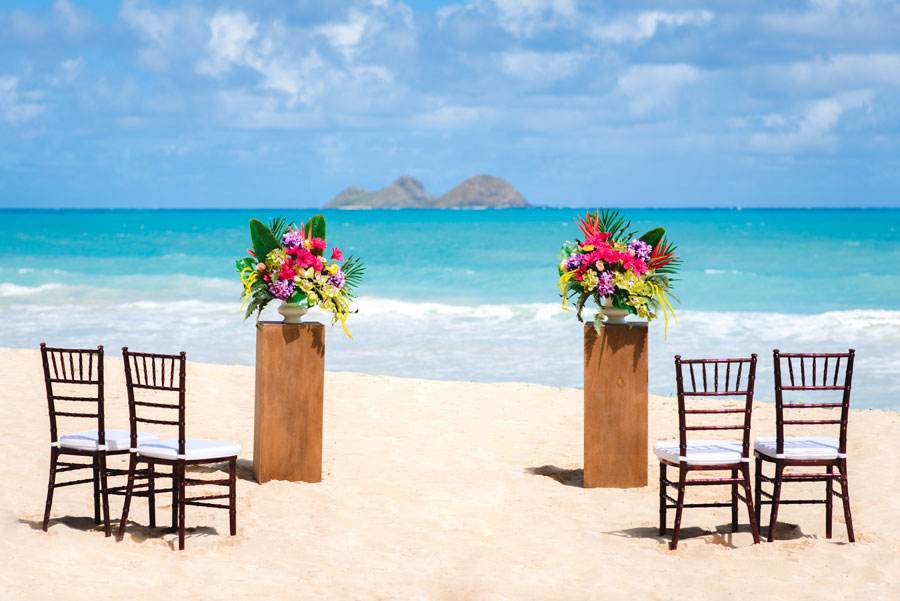 Hawaii-Beach-Wedding-Runway-1