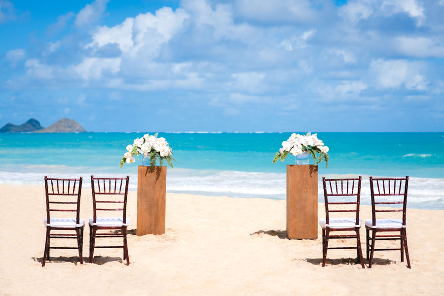 Hawaii-Beach-Wedding-Runway-2