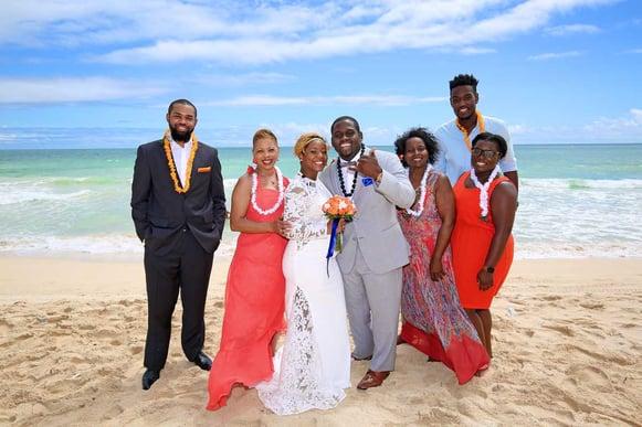 Hawaii-Wedding-Party-on-the-Beach.jpg