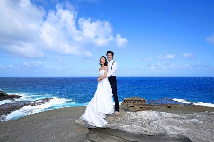 Hawaiian-Destination-Wedding-at-Heaven's-Point.jpg