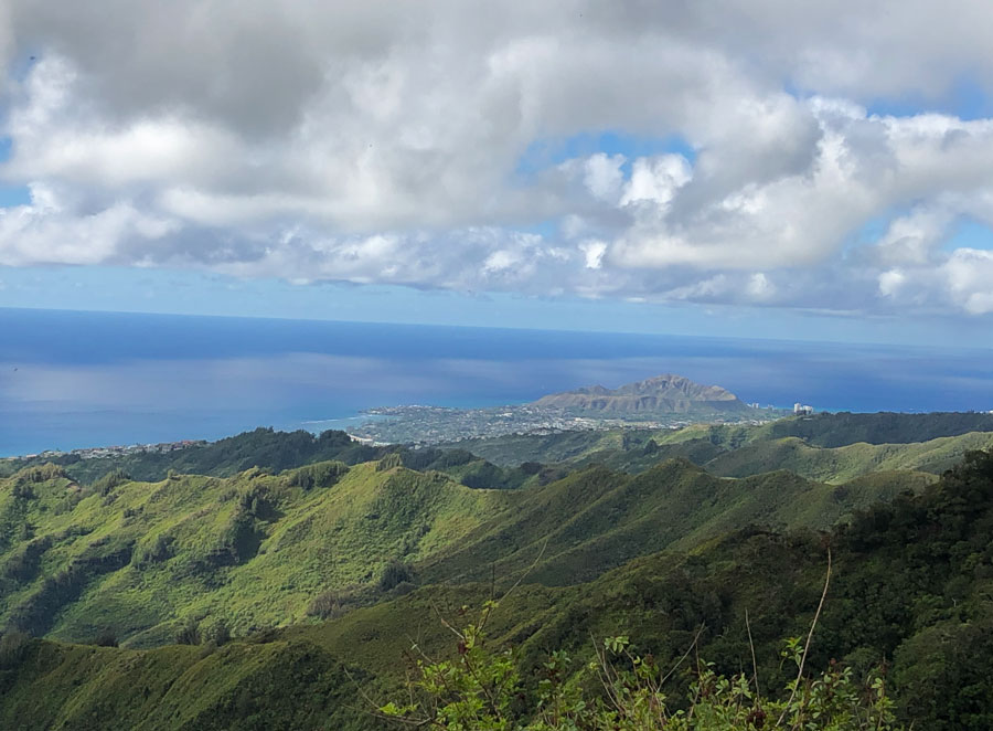 Kuliouou-Trail-Views-of-Diamond-Head