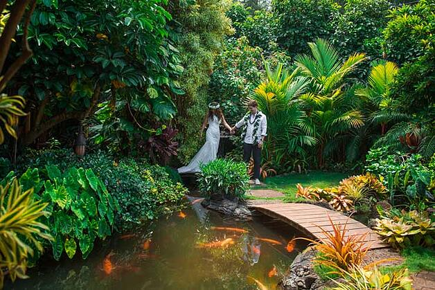 Newlyweds at Pukalani Falls Hawaii Wedding