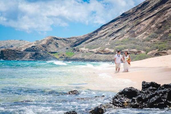Sandy-Beach-Wedding-Hawaii-14