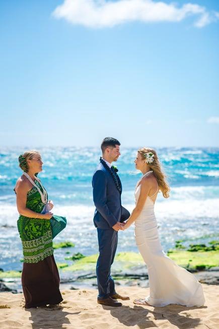 Sandy-Beach-Hawaii-Wedding-02-18-2020