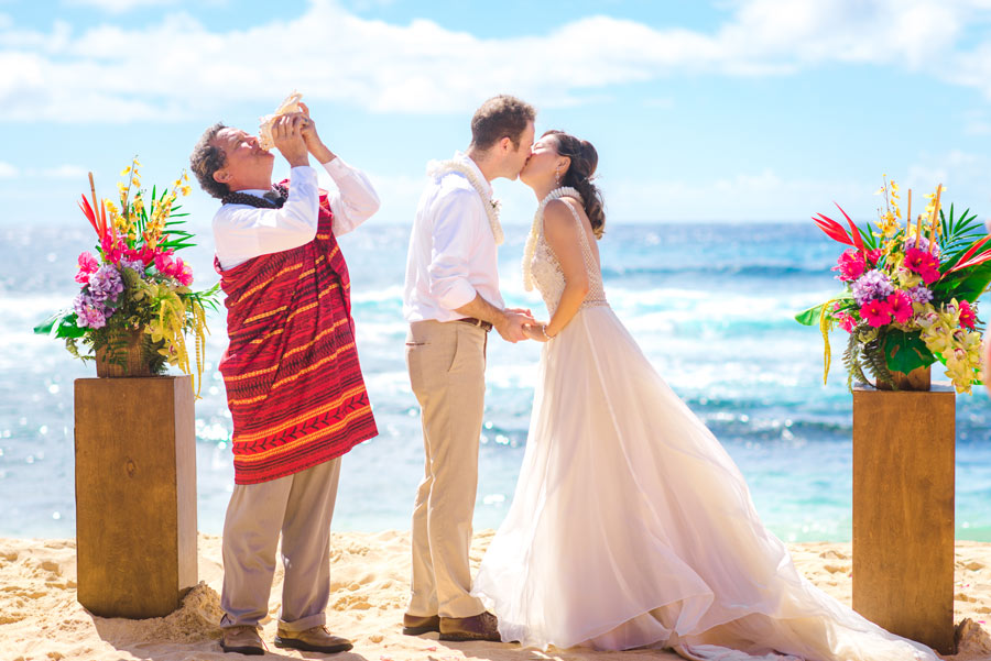 Sandy-Beach-Wedding-Ceremony-039