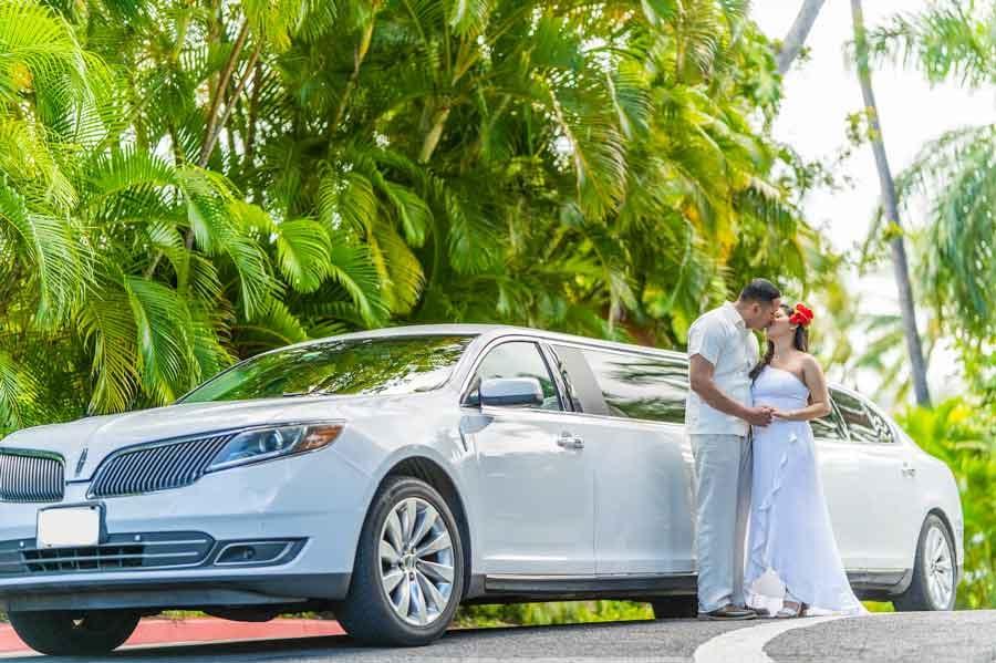 Weddings-of-Hawaii-Limo