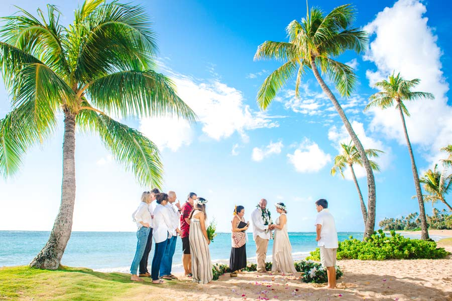 Small beach wedding ceremony on Oahu