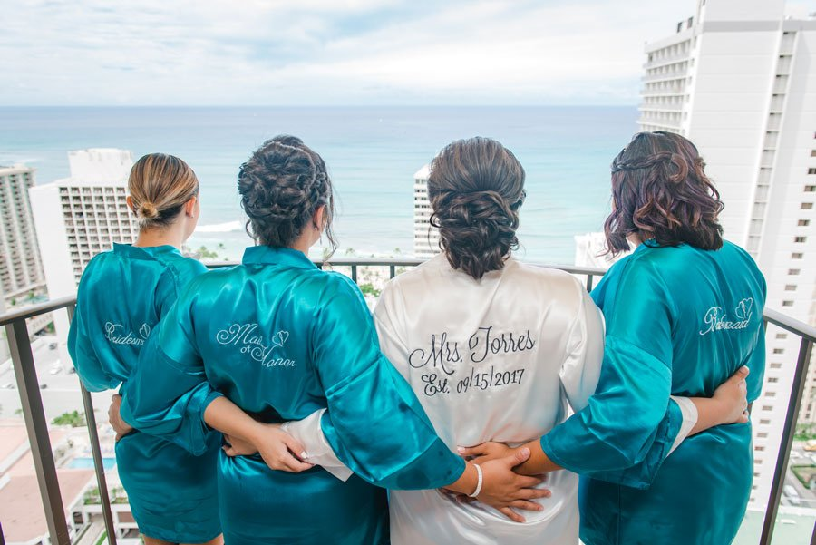 Hawaii-prebridal-hair-and-makeup-group